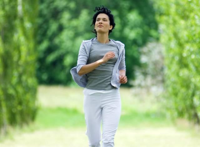 痰湿产后多a产后,常按这个祛湿穴,祛湿又减肥!杭州体质瘦身培训图片
