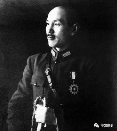 揭秘1949年底蒋介石为自己留了哪三条后路