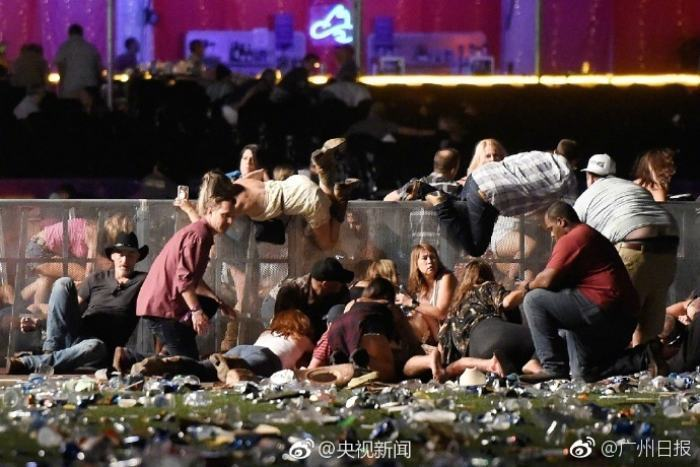 美国最惨重枪击案已致逾500人死伤,多个中国旅游团被困当地,古巨基讲述避难经过