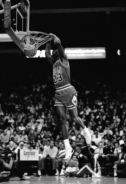 篮球运动员体重过大的危害!