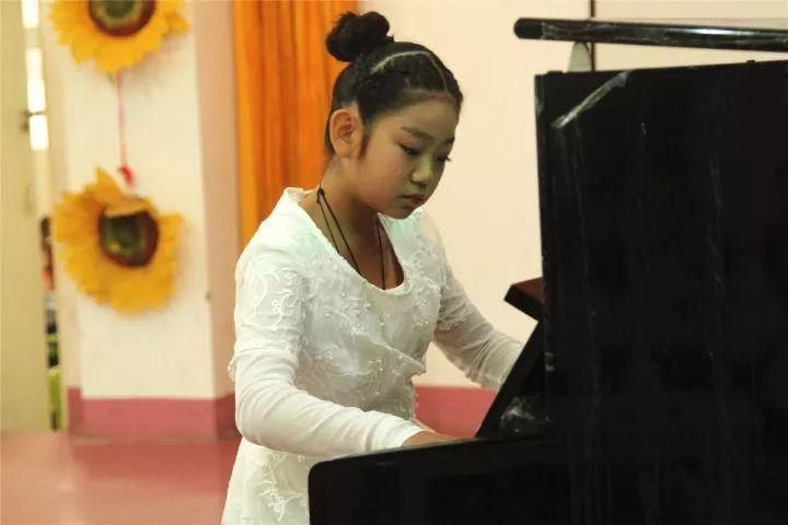 22.钢琴《音诗练习曲》 演