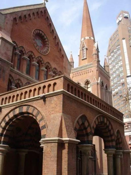 上海圣三一教堂_100张图片 带你看尽魔都百年风情教堂