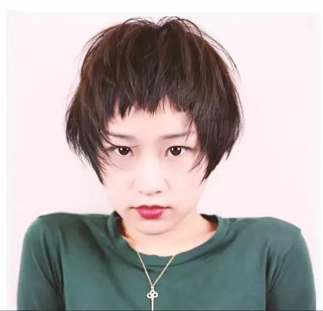短发 依然是 主流图片