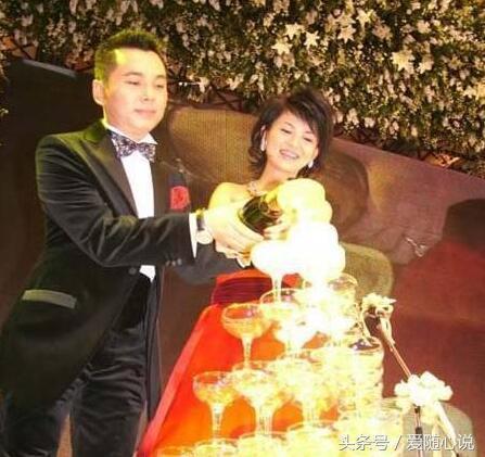 李厚霖东山再起_李湘在他破产时离开她,如今他东山再起身家30亿,对李湘这样评价