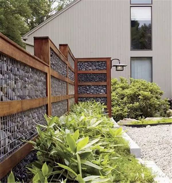 做成一堵石笼墙 一种很现代又很乡土的设计手法 好玩,也很有趣 来源图片