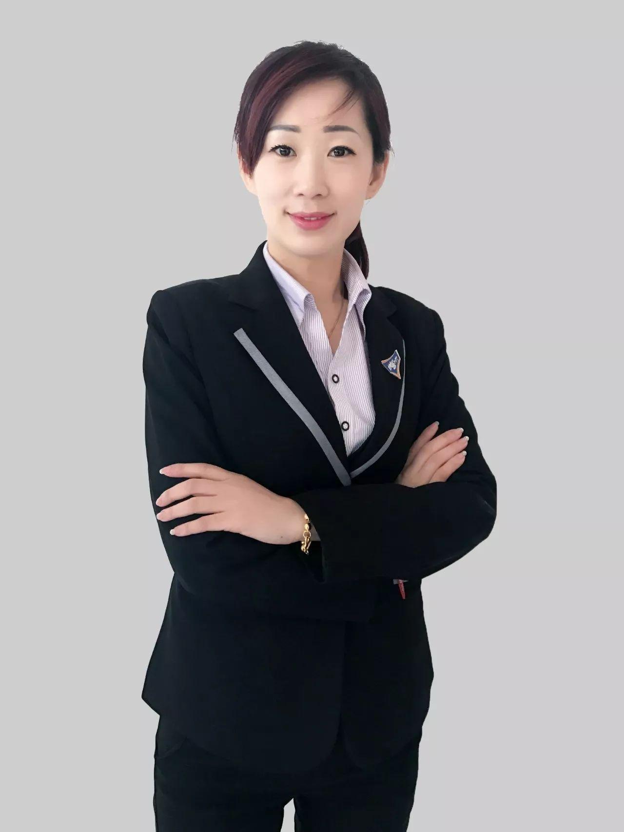 赵一婷:第二届百万俱乐部会员,碧海二组店经理