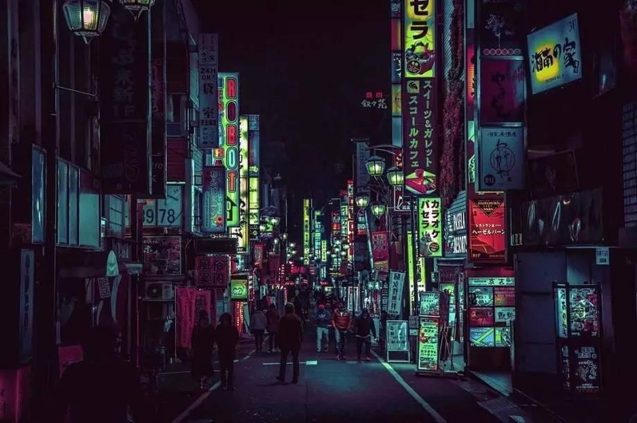 夜晚的�:-�_东京街头夜晚的霓虹灯