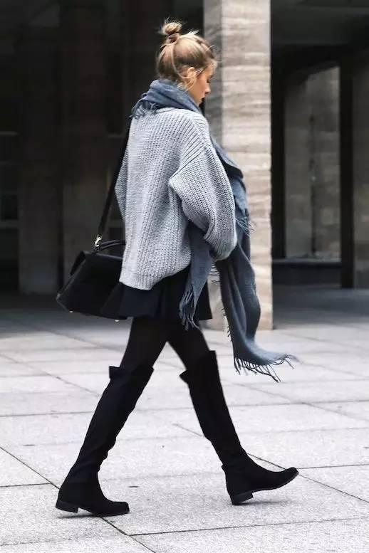 时尚|大毛衣+紧身裤,简约单品穿出不俗气质! 14