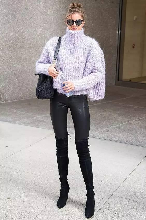时尚|大毛衣+紧身裤,简约单品穿出不俗气质! 18