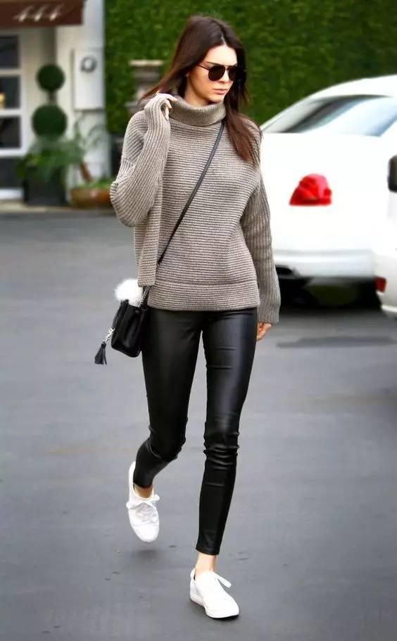 时尚|大毛衣+紧身裤,简约单品穿出不俗气质! 2