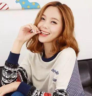 好看的韩式短发烫发发型图片女图片
