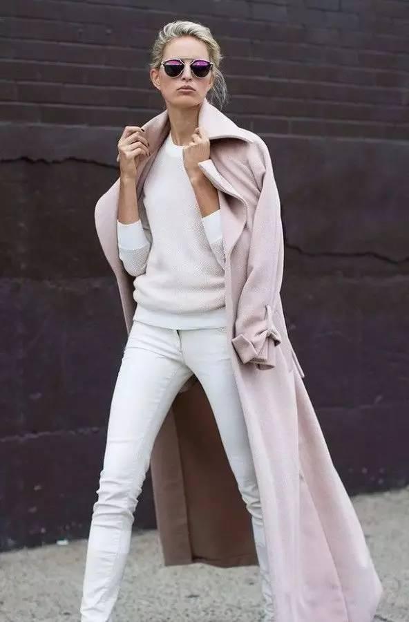 时尚|大毛衣+紧身裤,简约单品穿出不俗气质! 23