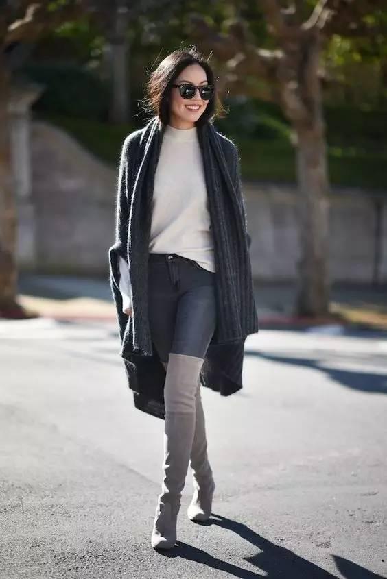 时尚|大毛衣+紧身裤,简约单品穿出不俗气质! 20
