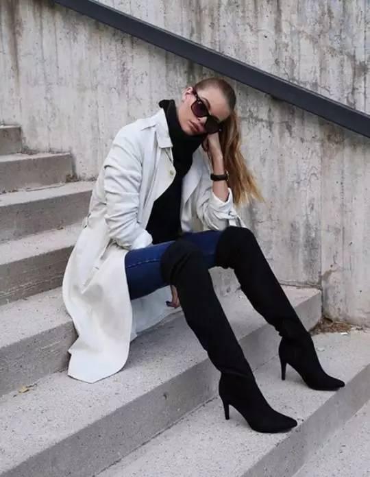 时尚|大毛衣+紧身裤,简约单品穿出不俗气质! 22