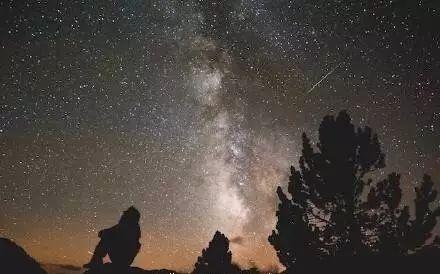 星空下的梦想原唱_青春说 | 星空下的守望者