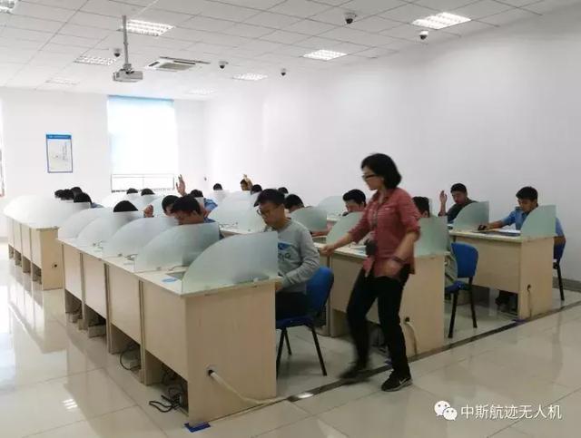 10月10日AOPA湖南考场,中斯航迹荣获佳绩