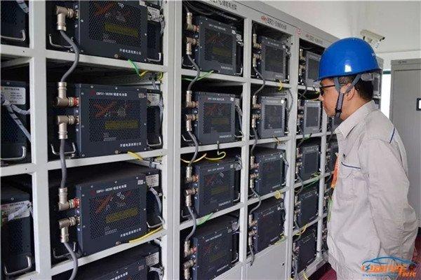 上海首座光储充一体化电动汽车充电站启用充一度电1.98元(第1页) -