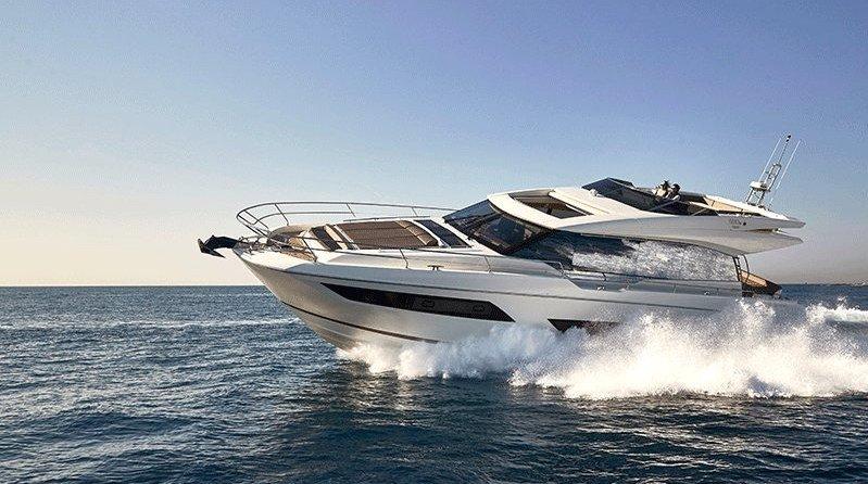 PRESTIGE 680 S 运动款游艇 在海上你也可以拥有一个家