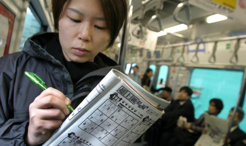 地铁娱乐神器!日本数独文化风靡全球,秘密何在?