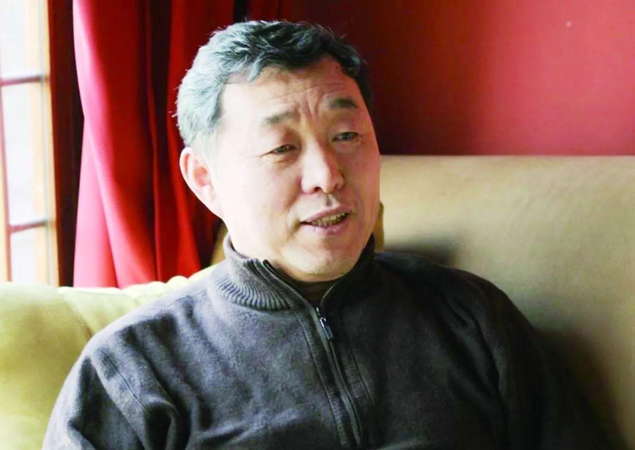 """李俊峰:""""黑天鹅""""不会改变世界,能源低碳化是一条艰难却必由之路"""