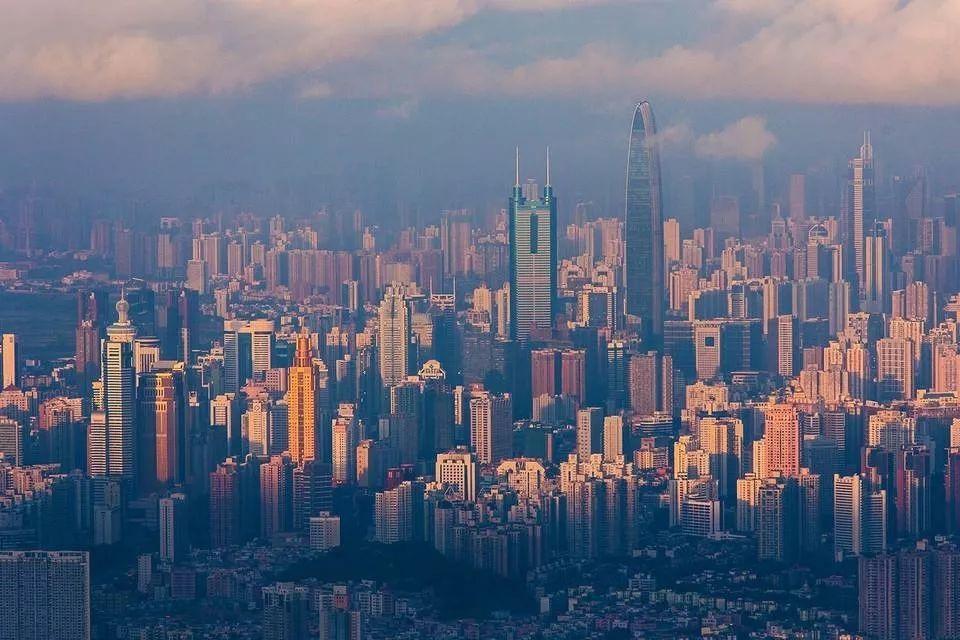 深圳各区gdp_深圳各区实力曝光 3区GDP超四千亿,福田第三,第一第二是...