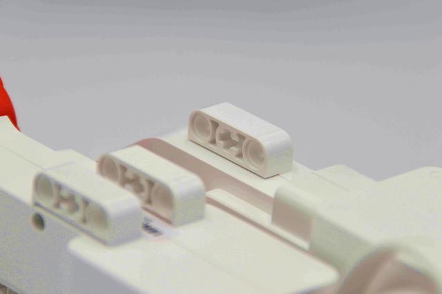 给大人一个玩具吧米兔积木机器人履带机甲v大人玩具用英文怎么写图片