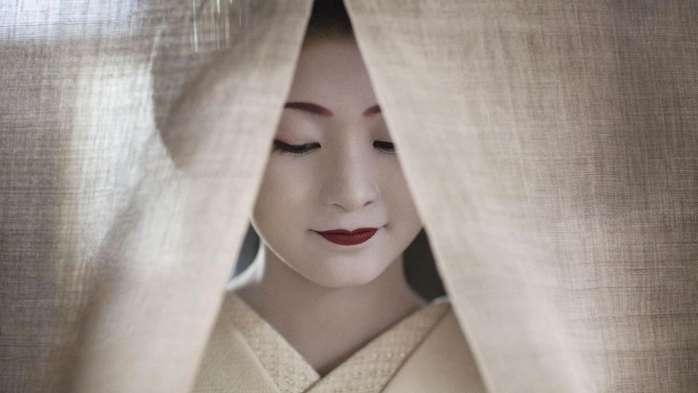 日本舞伎与艺伎齐名 却更加悲惨 从小就要接受训练