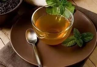 一菜一汤一茶 有效应对咽喉炎