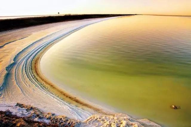 不只是茶卡,新疆这4大盐湖,个个都是梦幻之境!