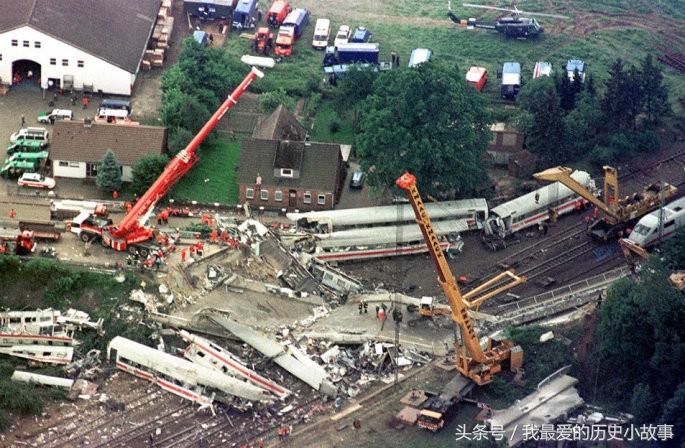 高铁脱轨发生了什么,直击1998德国高铁事故
