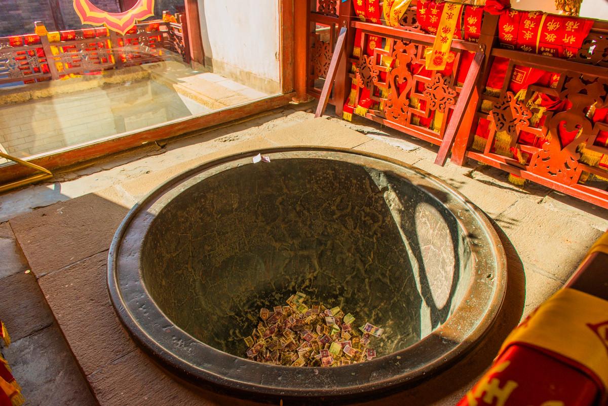 北京最古老的寺庙,敲一次钟收10元钱