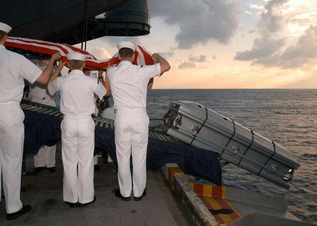 美军为什么要对本拉登进行海葬?真实的原因...