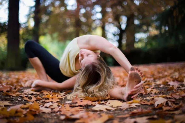 7個小技巧,教你拍出最棒的瑜伽士秋游美照!圖片