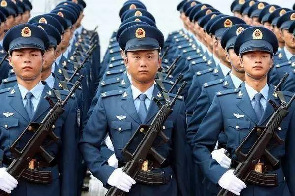 震惊世界的中国军人照片!不看后悔