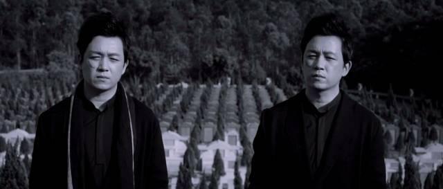潘粤明真1.80复古传奇无泡点的有一个双胞胎弟弟!不信你跟他聊国足
