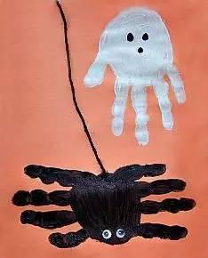 周末了,你可以这样和孩子一起画个手掌画图片