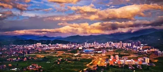 重庆的人口腹地增加_重庆夜景