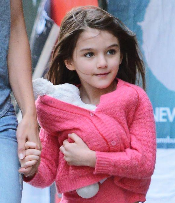 阿汤哥的小苏瑞_11岁的苏瑞·克鲁斯突然大变样,好莱坞最美宝贝还是长残了