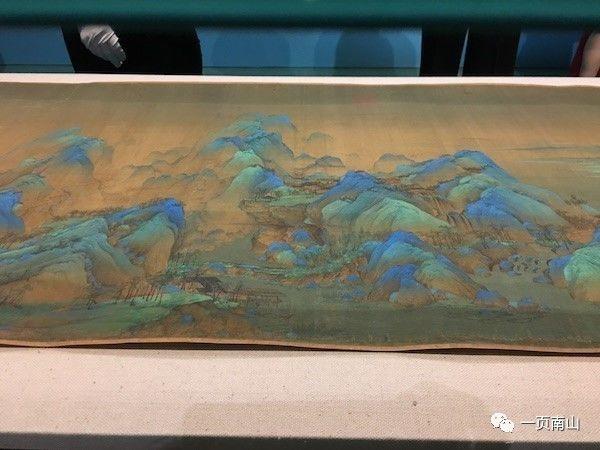 """画史文献没有王希孟的任何记载,《千里江山图》是他唯一的传世作品,清宋荦推测他画完这件作品后""""未几死,年二十余""""(《论画绝句"""