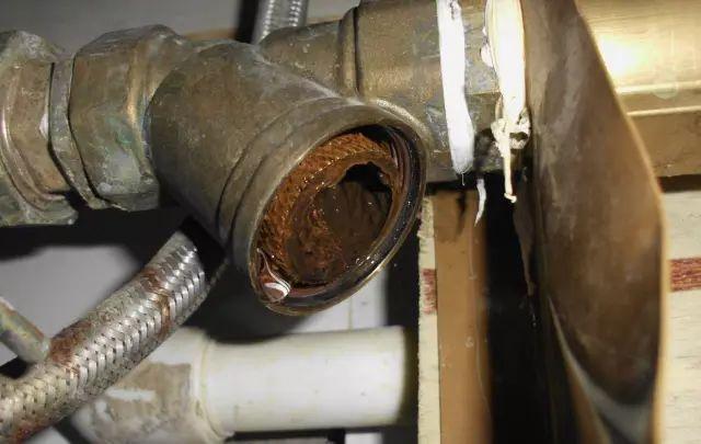 清洗地熱每平只要2塊錢!馬上就-4℃了,你家的地熱還不暖和?還不快約!