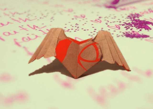 带翅膀的心手工折纸步骤详解, 学会折会飞的爱心