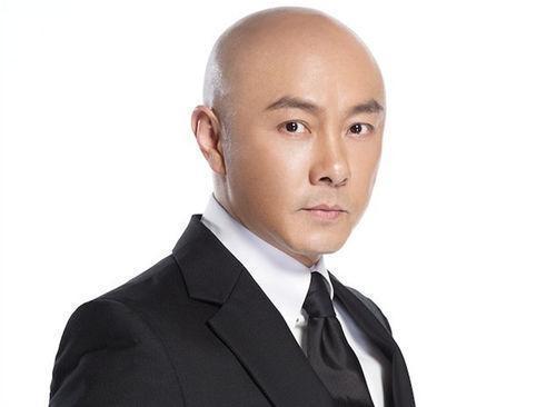 终于知道为何张卫健一直光头,年轻时候的他绝对是香港第一美少男