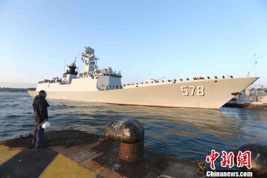 中国海军第二十六批护航编队结束对法国友好访问启程回国