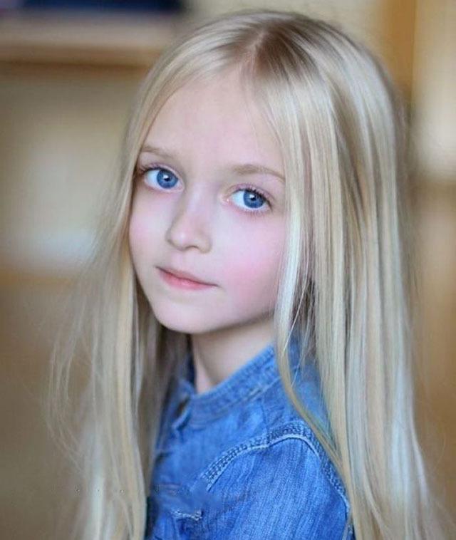 欧美�9��y�.�_从出生就拥有天使容貌的小萝莉,看一眼心都会被融化