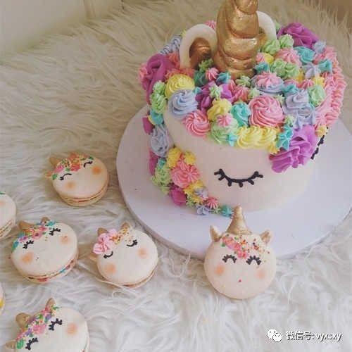 独角兽蛋糕和独角兽马卡龙