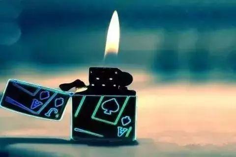 7岁男童玩火竟把家里烧个精光 千万别让熊孩子玩火啦