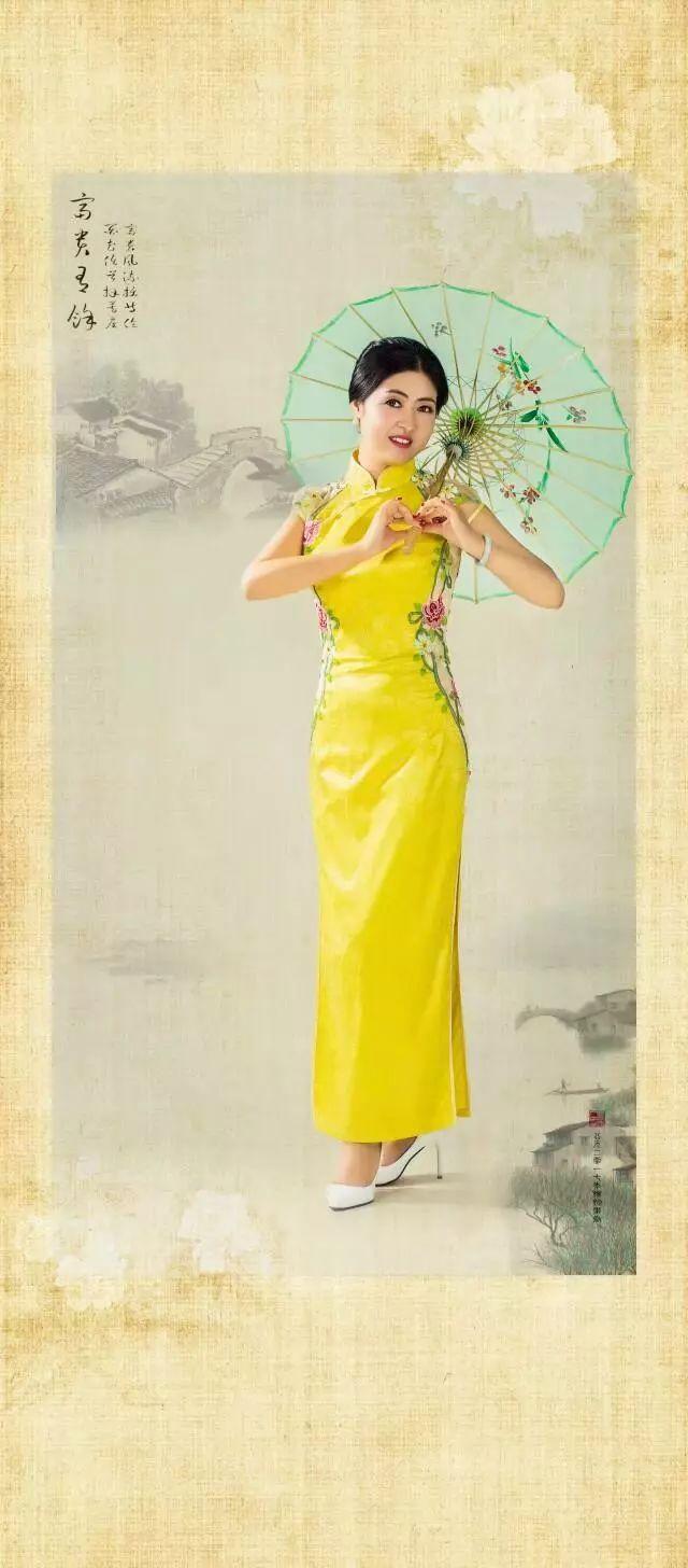 女人时装画姿态手绘