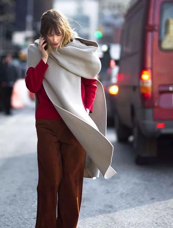 圆圈式的围巾怎么戴好看?