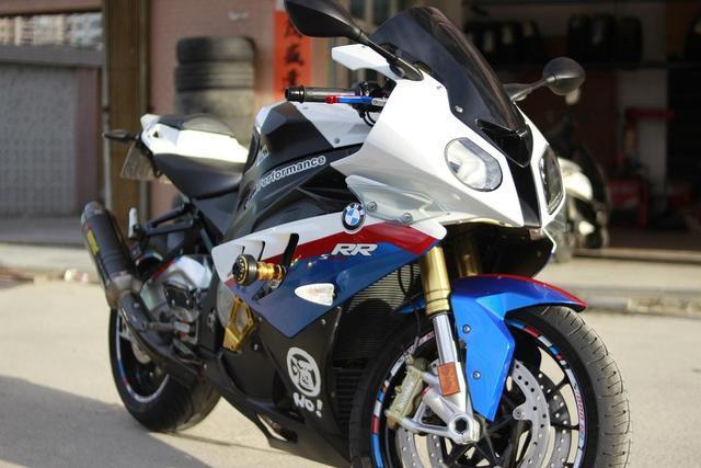 世界摩托车跑车品牌_世界7大豪华机车品牌,最贵的不止百万,比速度跑车也不是对手 ...
