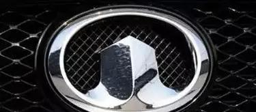 涨姿势每个车标背后的涵义是什么?宝马车标的涵义还真不是蓝天白